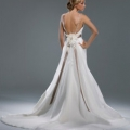 Beautiful detailed rear view - Clear view of train and corsage with ribbon. Lovely low back.